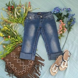 Blue denim capri jeans by Angels