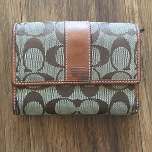 Coach trifold wallet *make me an offer!!
