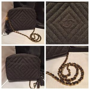 Vintage Classic Chanel Camera bag!