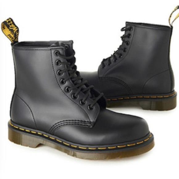 Dr. Martens Shoes   Negotiable Black