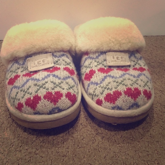 fb4399de562 Ugg Cozy Knit Heart Slipper