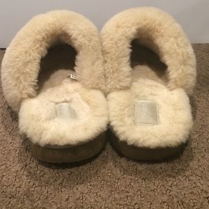 3dbe00db7cf Ugg Cozy Knit Heart Slipper