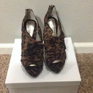 Chinese Laundry Leopard Print Heels