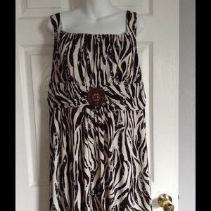Dresses & Skirts - REDUCED - Stunning dress with jewels