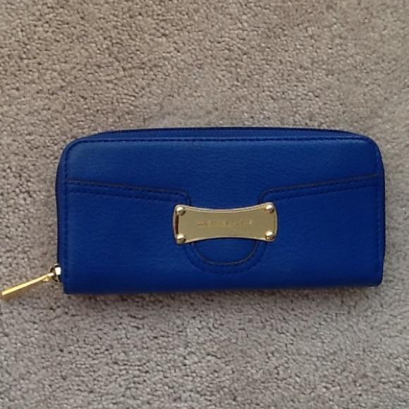 c821118e1825 ... cheapest royal blue michael kors wallet a2dc1 c7c4b