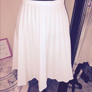Skirts - White pleated skater skirt size 16