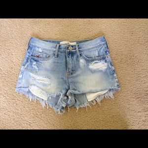 High waisted Hollister shorts
