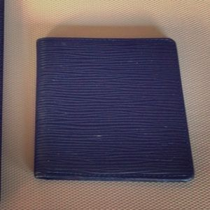 Authentic Louis Vuitton Small Wallet EPI