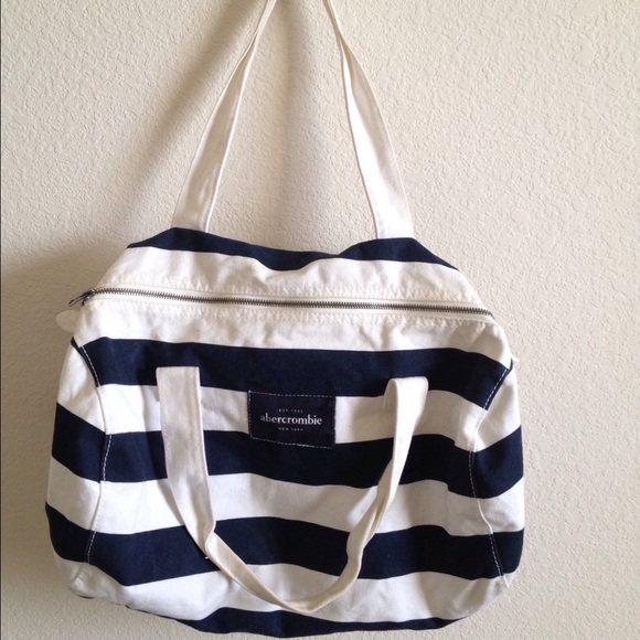 424930c5eafe Abercrombie   Fitch Handbags - Blue White Striped Duffle Bag from  Abercrombie