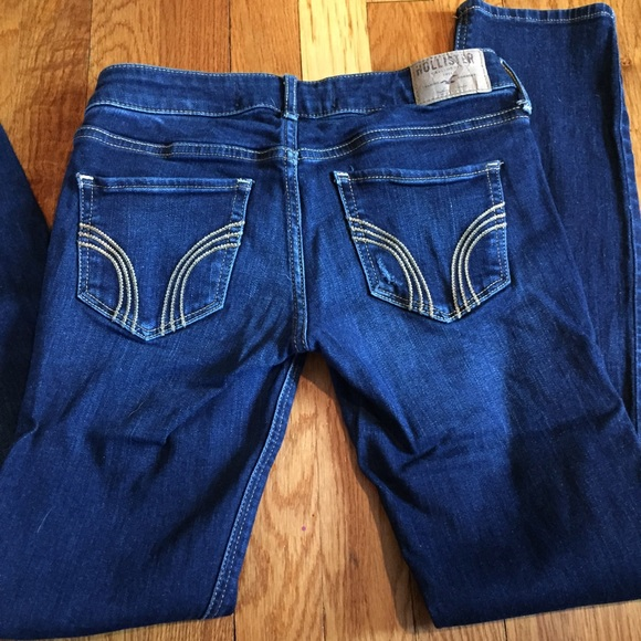 Hollister - Hollister ripped skinny jeans from Alana's ...