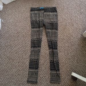 Urban Outfitters Pants - Pattern leggings