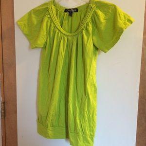 Green shirt with a braided neckline