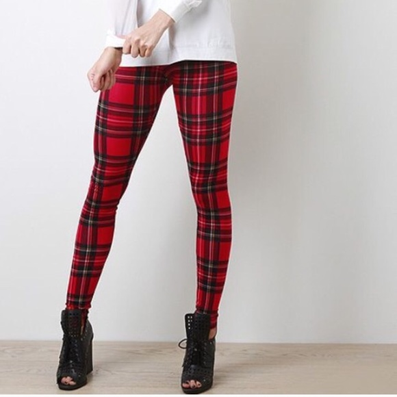 Black And Red Checkered Leggings