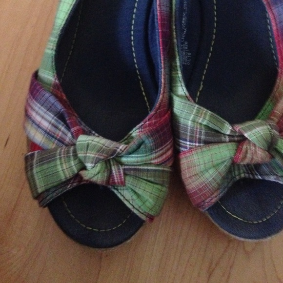67 mossimo supply co shoes plaid patterned wedges
