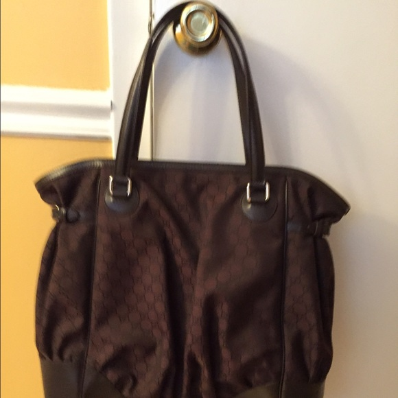 87f4fc4ddadca Brand New Gucci Dark Brown GG Canvas Full Moon Bag
