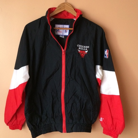 VINTAGE Chicago Bulls Starter Jacket L (14-16) from Jennifer's ...