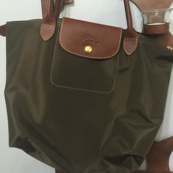 b569204005 Longchamp Handbags - Longchamp Military Green Medium Long Handle Tote