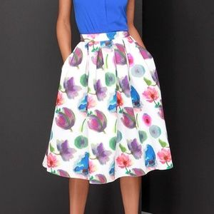Lulu's Dresses & Skirts - BRAND NEW Floral Full Midi Skirt