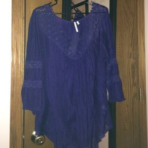 Tops - Sold!!! Purple lightweight top
