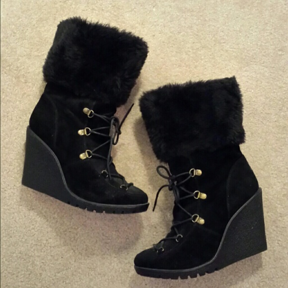 50 bamboo shoes black faux fur trim wedge boots