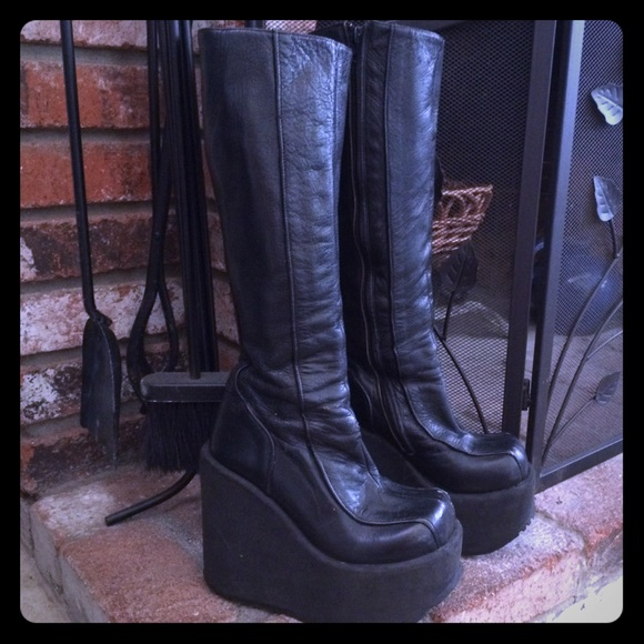 8d34117d7eea Luichiny Boots - 90s LUICHINY Cyber Goth Wedge Platform Boot