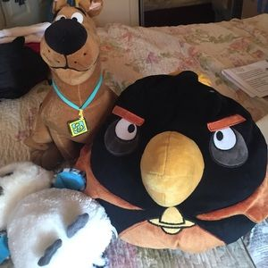 Scooby Doo Angry Bird Pinguin And A Snake