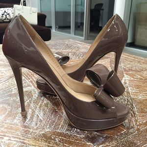 Valentino Shoes - 🎉HP 4/6🎉 Authentic Valentino Peep toe Bow Pumps