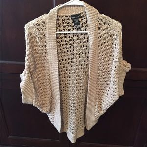 Loose Knit Shawl Pattern : Loose knit batwing sweater/shawl S from Saras closet on Poshmark