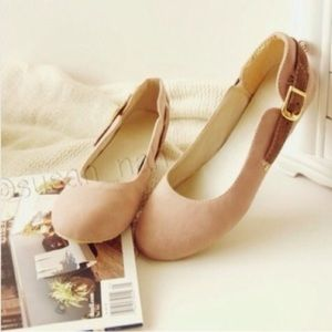 💗BACK IN STOCK nude/pink flat pump