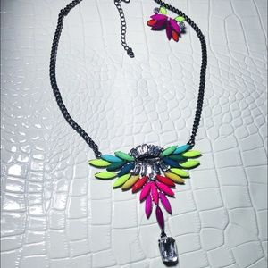 NWT Colorful shourouk statement necklace