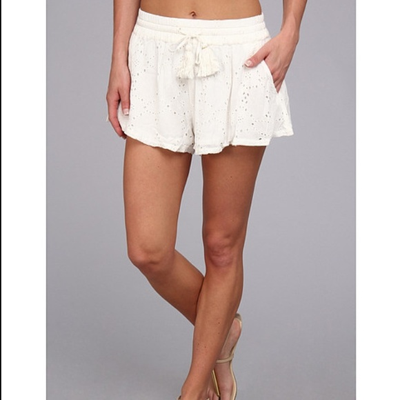 White Flowy Shorts - The Else