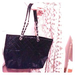 New Beautiful Shiny Black Large Tote