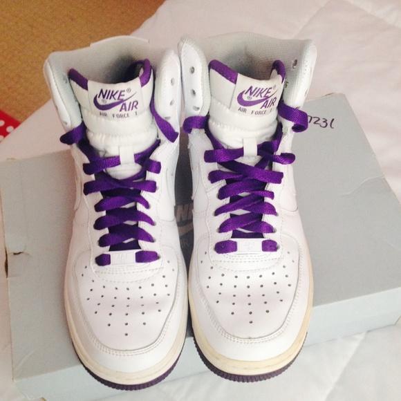 Zapatos Nike Bogo 1 50 Mujeres Air Force 1 Bogo High Tops Poshmark 4bdda4