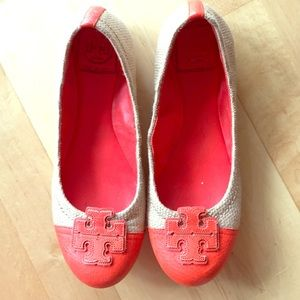Reduced!!! Orange and tan Tory Burch flat