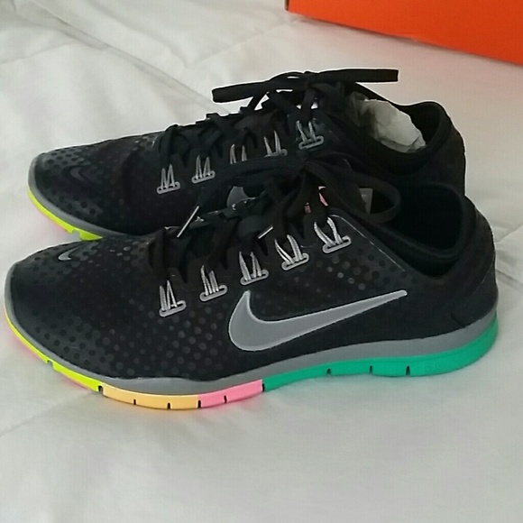 huge selection of a076d 80437 Women s Nike Free TR Connect