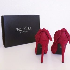 Nasty Gal Wine Bow Pumps