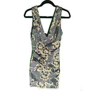 Dresses & Skirts - Bodycon V-neck Dress 💖