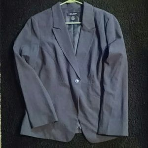 Larry Levine Jackets & Blazers - Larry Levine Large Suit Jacket in Gray