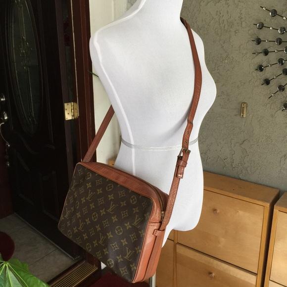 Louis Vuitton Handbags - Louis Vuitton sac bandouliere monogram vintage bag 05365d524ff