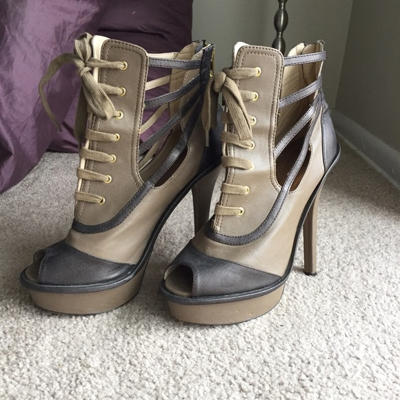 68 bakers shoes bakers lace up peep toe ankle boots