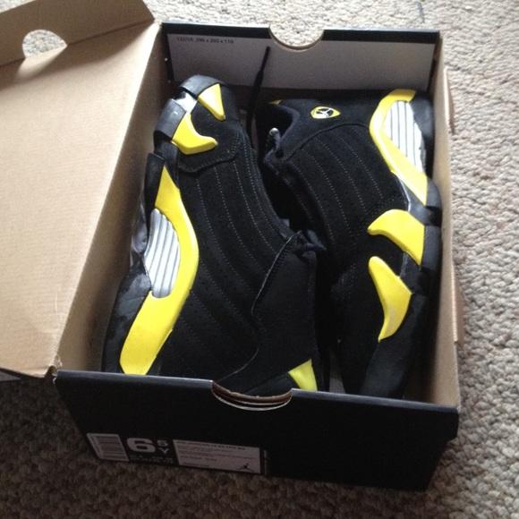 timeless design 39d1e 8ccf8 Jordan 14's black and yellow (batman)