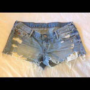 Hollister destroyed light blue denim shorts 5 W27