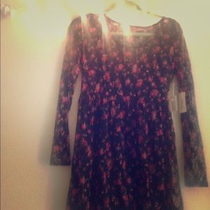 NEVER WORN forever 21 dress!!