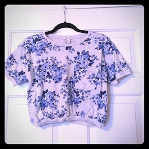 Blue and cream floral crop top!