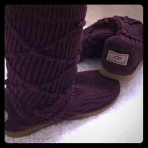 purple knit UGG boots size 7.