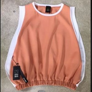 Style Mafia Tops - Peach/Coral Off White Sleeveless Tank Top Small