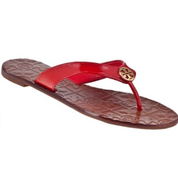 4a17589533ad2 Tory Burch Red patent leather Thora sandal. M 55257955fbf6f942190032b0