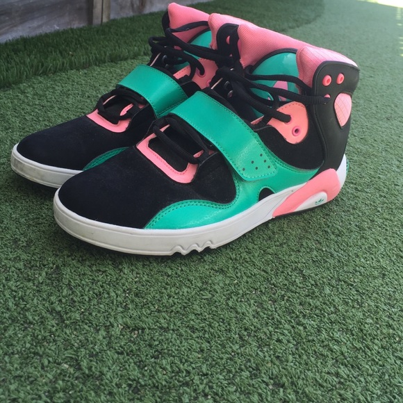 Adidas Women 7 Black Turquoise Pink