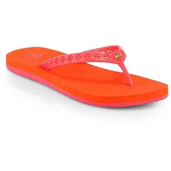 a60259ee7d6d Tory burch Miranda flip flops Size 8 Orange Pink😍