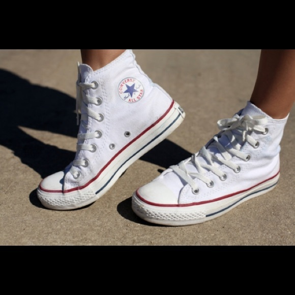 50 converse shoes iso white high top converse